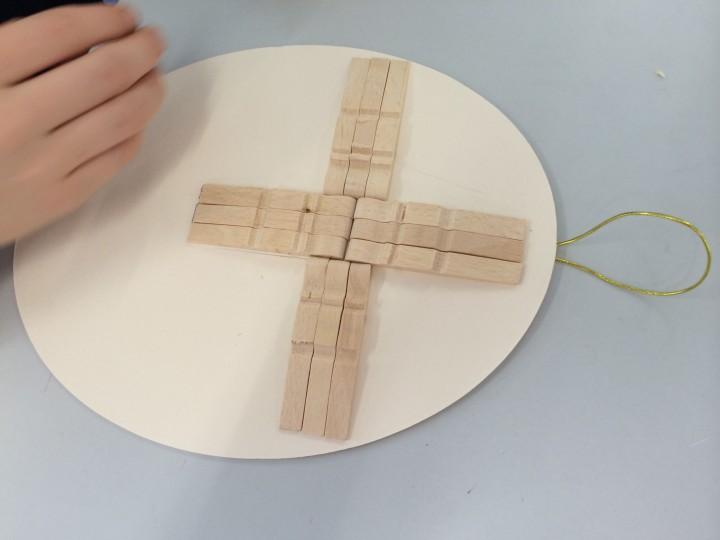 Crucifix06